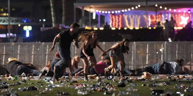 Sobrevivente de Massacre em Las Vegas é salva por Iphone 7 plus que segurou uma bala